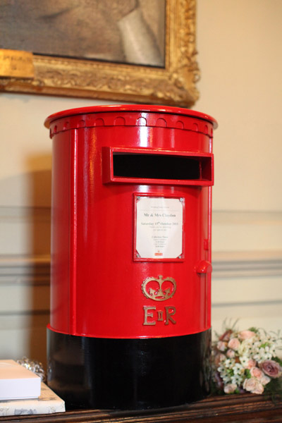 Lovely Wedding Touches – Post Boxes for Wedding Cards